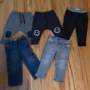 5 pairs of boys 2T joggers and jeans
